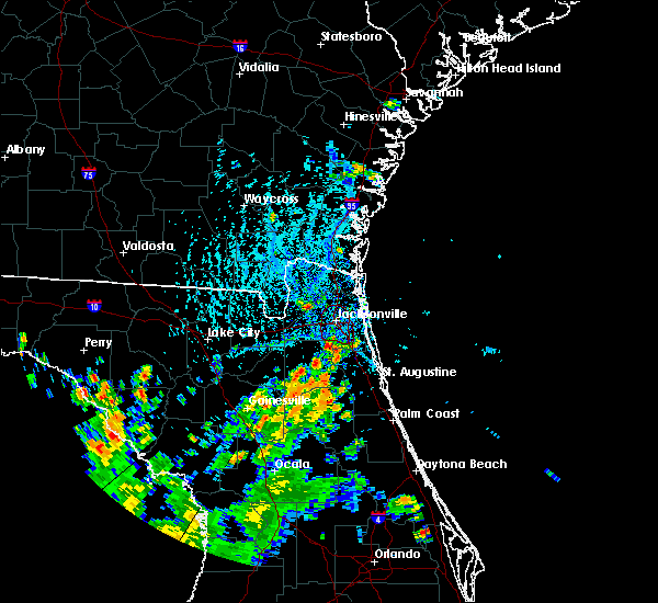 Radar Image for Severe Thunderstorms near Fleming Island, FL at 7/12/2015 5:20 PM EDT