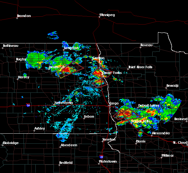 Radar Image for Severe Thunderstorms near Pelican Rapids, MN at 7/12/2015 4:24 PM CDT