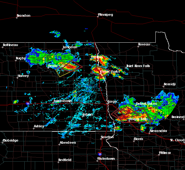 Radar Image for Severe Thunderstorms near East Grand Forks, MN at 7/12/2015 4:40 PM CDT