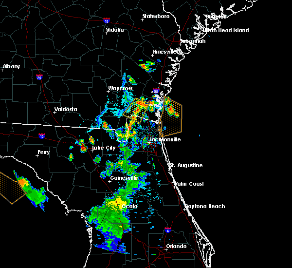 Radar Image for Severe Thunderstorms near Kingsland, GA at 7/12/2015 7:33 PM EDT