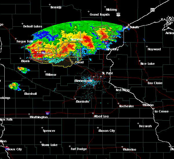 Radar Image for Severe Thunderstorms near Westport, MN at 7/12/2015 8:32 PM CDT