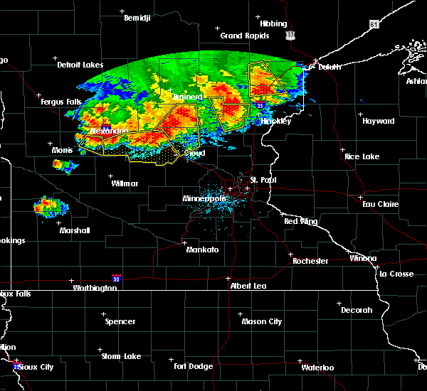 Radar Image for Severe Thunderstorms near Lastrup, MN at 7/12/2015 8:47 PM CDT