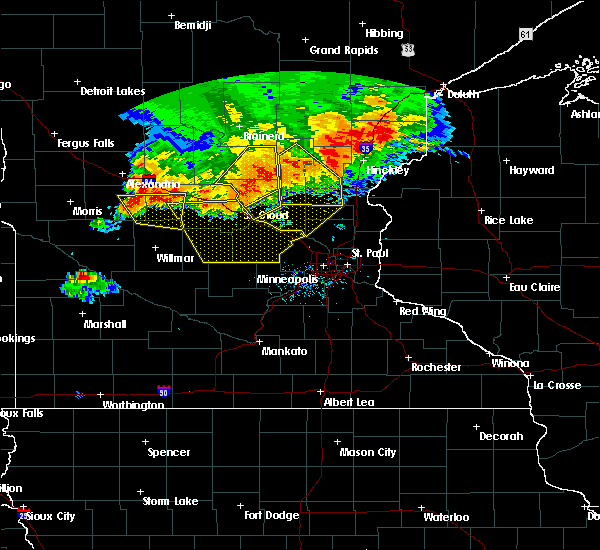 Radar Image for Severe Thunderstorms near St. Francis, MN at 7/12/2015 9:03 PM CDT