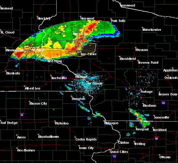 Radar Image for Severe Thunderstorms near Cadott, WI at 7/13/2015 12:06 AM CDT