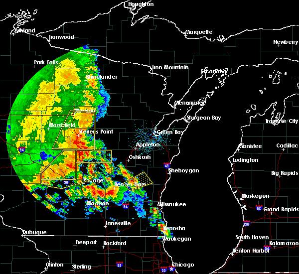 Radar Image for Severe Thunderstorms near Waupaca, WI at 7/13/2015 3:09 AM CDT