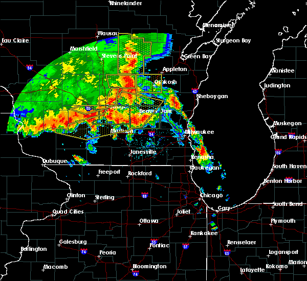 Radar Image for Severe Thunderstorms near Windsor, WI at 7/13/2015 3:38 AM CDT