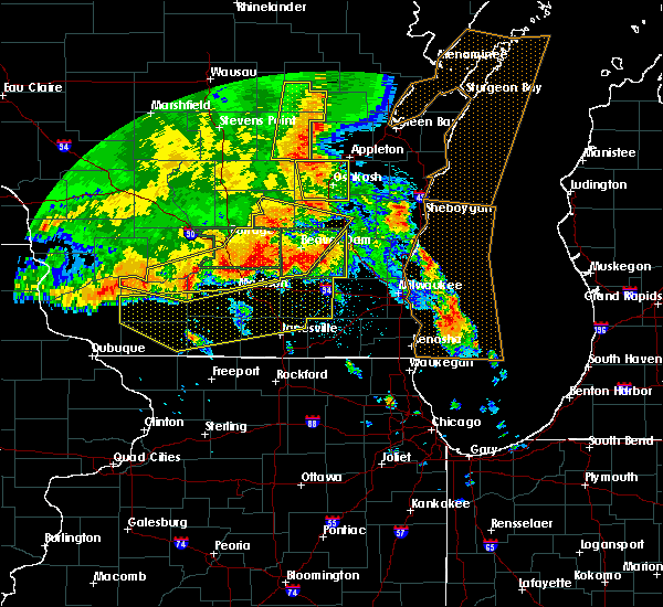 Radar Image for Severe Thunderstorms near Jefferson, WI at 7/13/2015 3:55 AM CDT