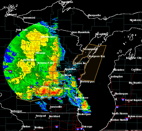 Radar Image for Severe Thunderstorms near Winchester, WI at 7/13/2015 3:56 AM CDT