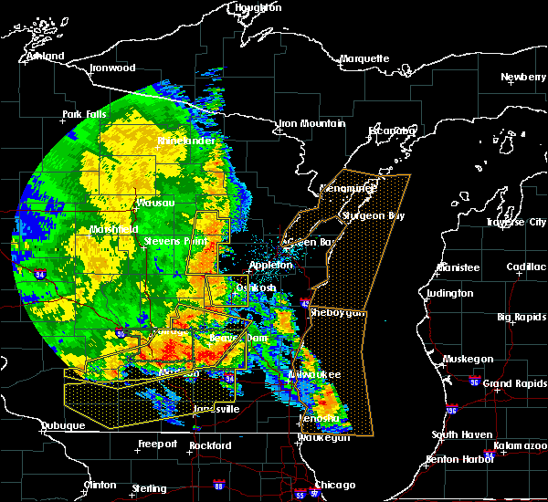 Radar Image for Severe Thunderstorms near Little Chute, WI at 7/13/2015 3:59 AM CDT