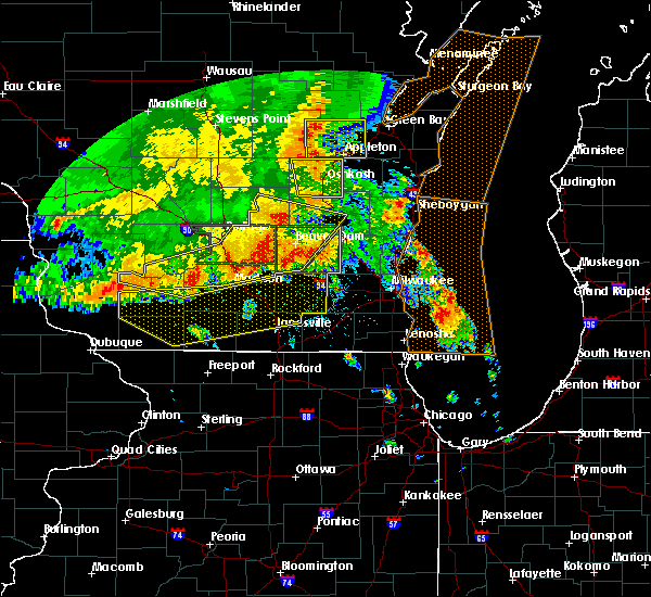 Radar Image for Severe Thunderstorms near Waupun, WI at 7/13/2015 4:05 AM CDT