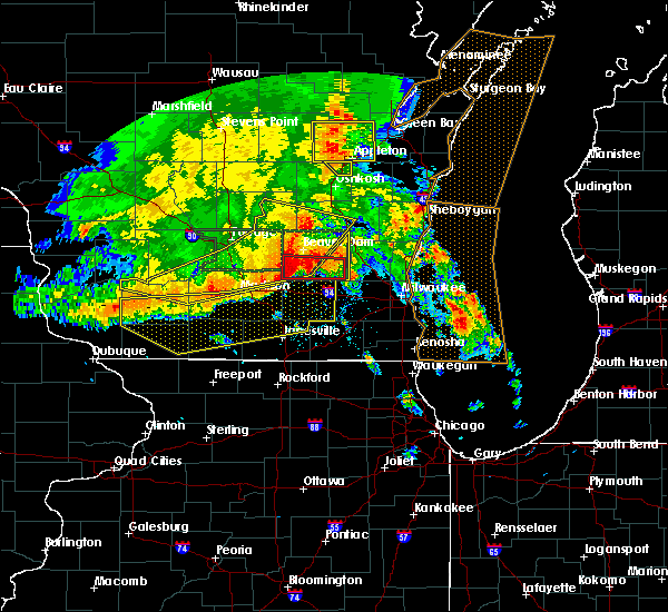 Radar Image for Severe Thunderstorms near Watertown, WI at 7/13/2015 4:16 AM CDT