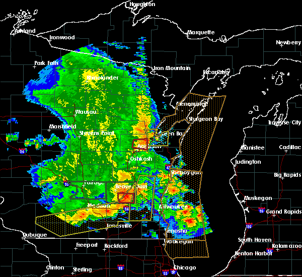 Radar Image for Severe Thunderstorms near Little Chute, WI at 7/13/2015 4:40 AM CDT