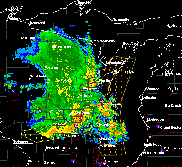 Radar Image for Severe Thunderstorms near Howard, WI at 7/13/2015 4:45 AM CDT