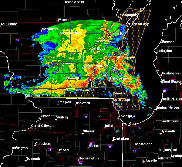 Radar Image for Severe Thunderstorms near Lake Geneva, WI at 7/13/2015 4:48 AM CDT