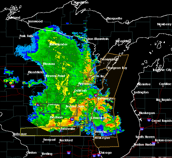 Radar Image for Severe Thunderstorms near Casco, WI at 7/13/2015 4:50 AM CDT