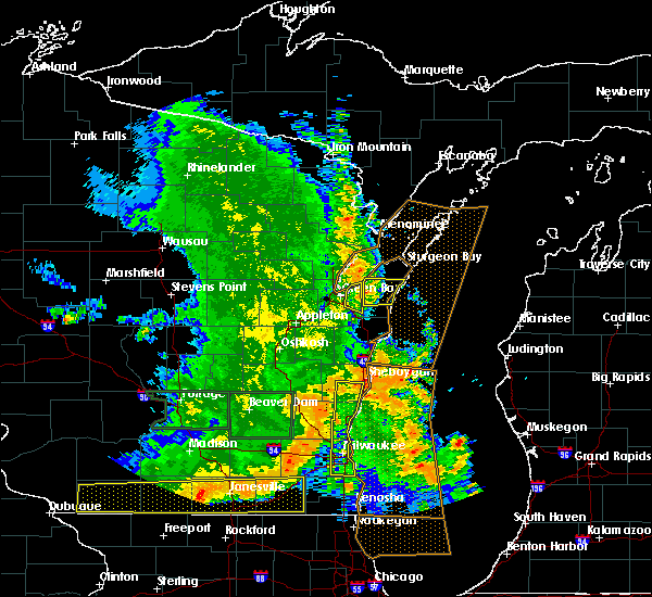 Radar Image for Severe Thunderstorms near Casco, WI at 7/13/2015 5:05 AM CDT