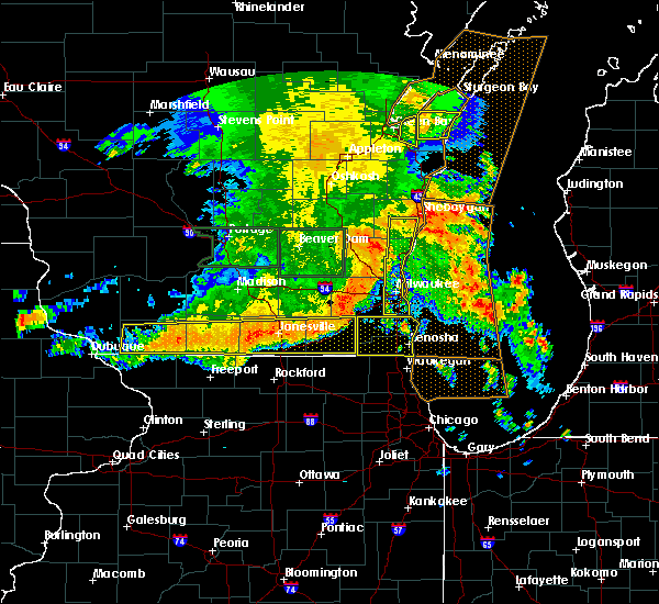 Radar Image for Severe Thunderstorms near Mequon, WI at 7/13/2015 5:08 AM CDT