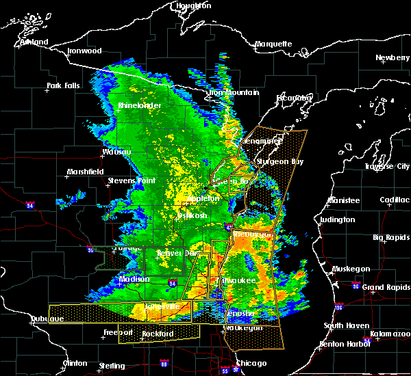 Radar Image for Severe Thunderstorms near Casco, WI at 7/13/2015 5:24 AM CDT