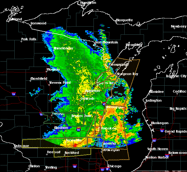 Radar Image for Severe Thunderstorms near Casco, WI at 7/13/2015 5:28 AM CDT