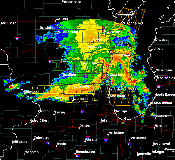 Radar Image for Severe Thunderstorms near Evansville, WI at 7/13/2015 5:27 AM CDT
