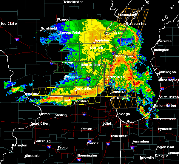 Radar Image for Severe Thunderstorms near Cherry Valley, IL at 7/13/2015 5:30 AM CDT