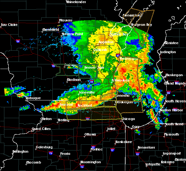 Radar Image for Severe Thunderstorms near Spring Grove, IL at 7/13/2015 5:55 AM CDT