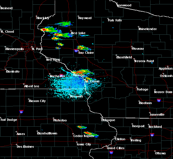 Radar Image for Severe Thunderstorms near Galesville, WI at 7/13/2015 3:58 PM CDT