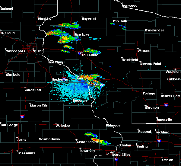 Radar Image for Severe Thunderstorms near Galesville, WI at 7/13/2015 4:14 PM CDT