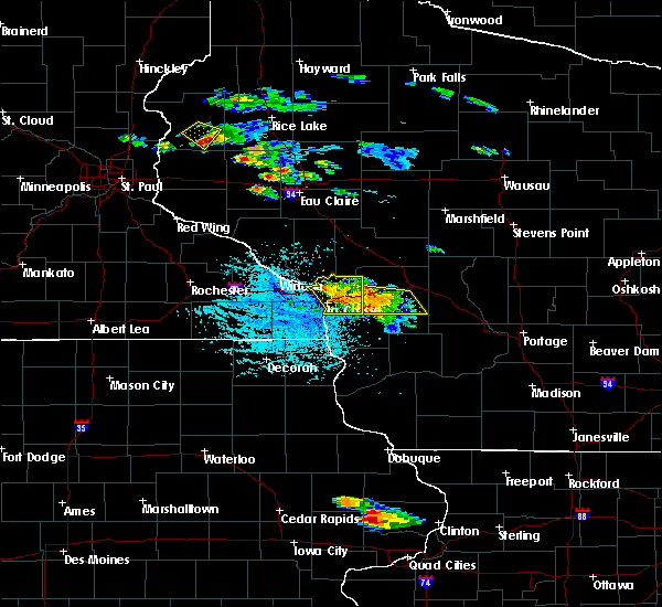 Radar Image for Severe Thunderstorms near Westby, WI at 7/13/2015 4:42 PM CDT