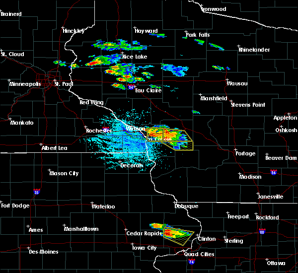 Radar Image for Severe Thunderstorms near Melvina, WI at 7/13/2015 4:46 PM CDT