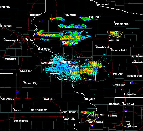 Radar Image for Severe Thunderstorms near De Soto, WI at 7/13/2015 5:26 PM CDT