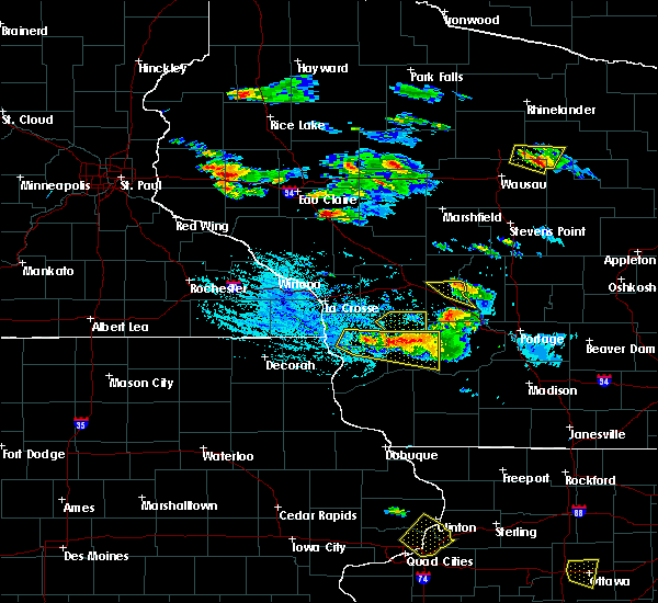 Radar Image for Severe Thunderstorms near Fairchild, WI at 7/13/2015 5:47 PM CDT
