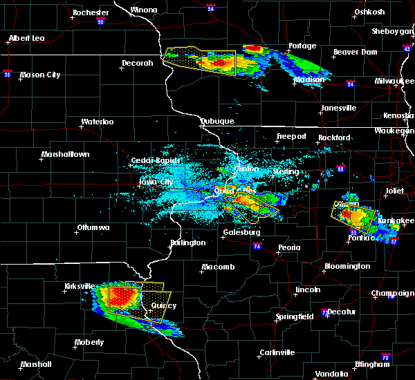 Radar Image for Severe Thunderstorms near Kewanee, IL at 7/13/2015 6:08 PM CDT