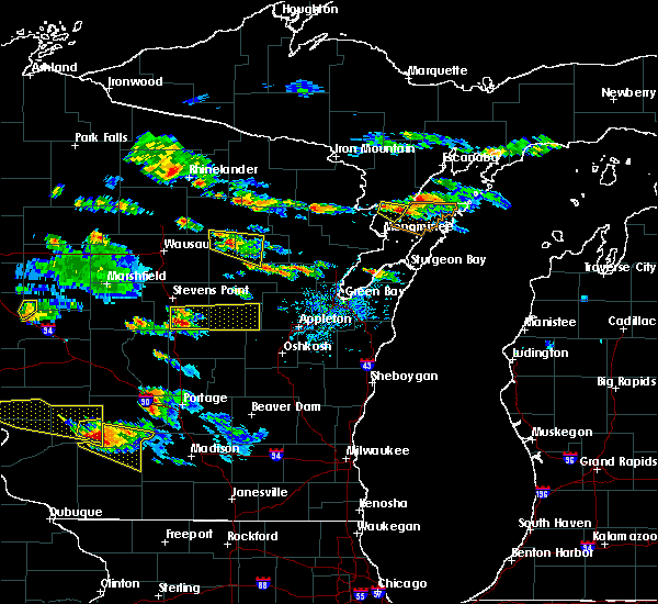 Radar Image for Severe Thunderstorms near Waupaca, WI at 7/13/2015 6:24 PM CDT