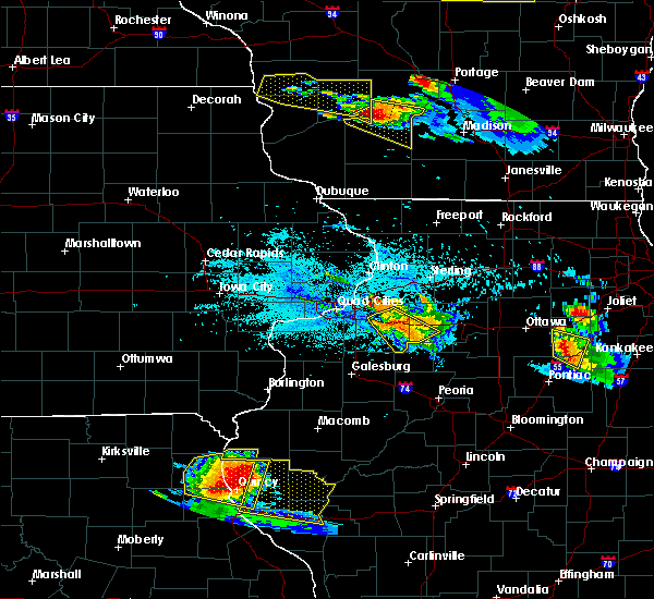Radar Image for Severe Thunderstorms near Kewanee, IL at 7/13/2015 6:28 PM CDT