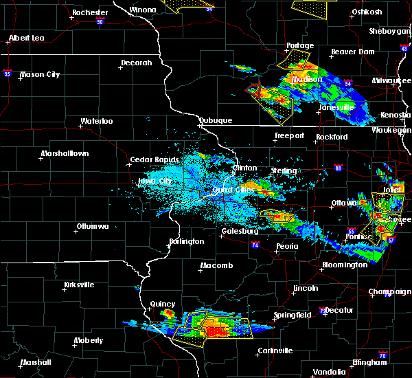 Radar Image for Severe Thunderstorms near Hennepin, IL at 7/13/2015 7:15 PM CDT