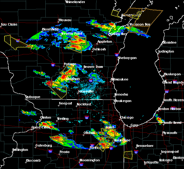 Radar Image for Severe Thunderstorms near Monticello, WI at 7/13/2015 7:16 PM CDT