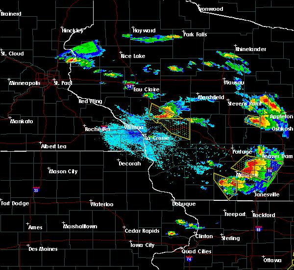 Radar Image for Severe Thunderstorms near Cataract, WI at 7/13/2015 7:33 PM CDT
