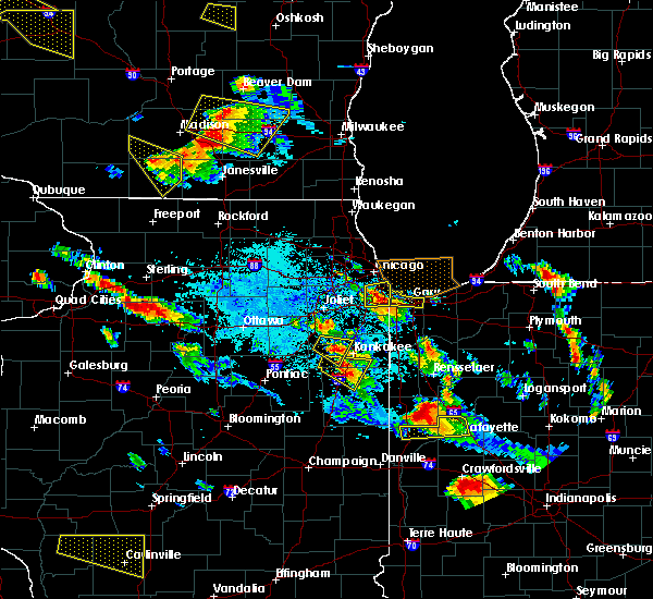 Radar Image for Severe Thunderstorms near Kankakee, IL at 7/13/2015 7:44 PM CDT