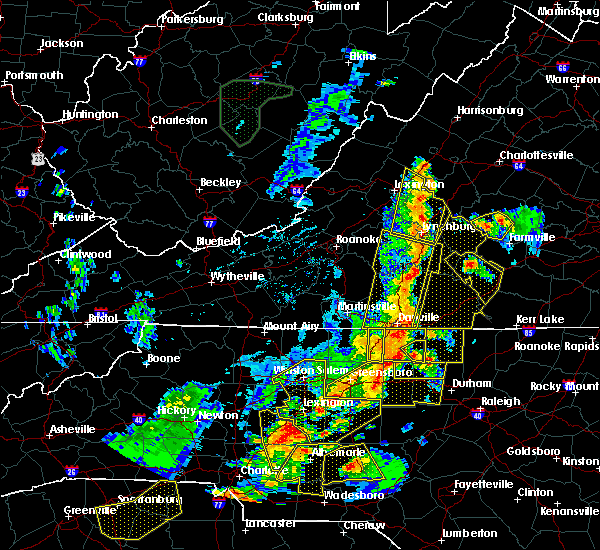 Radar Image for Severe Thunderstorms near Schuyler, VA at 7/13/2015 9:22 PM EDT