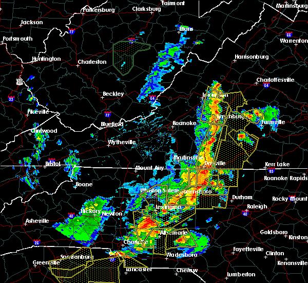 Radar Image for Severe Thunderstorms near Spencer, NC at 7/13/2015 9:29 PM EDT