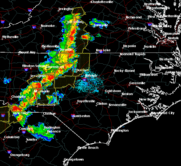 Radar Image for Severe Thunderstorms near Pinehurst, NC at 7/13/2015 9:52 PM EDT
