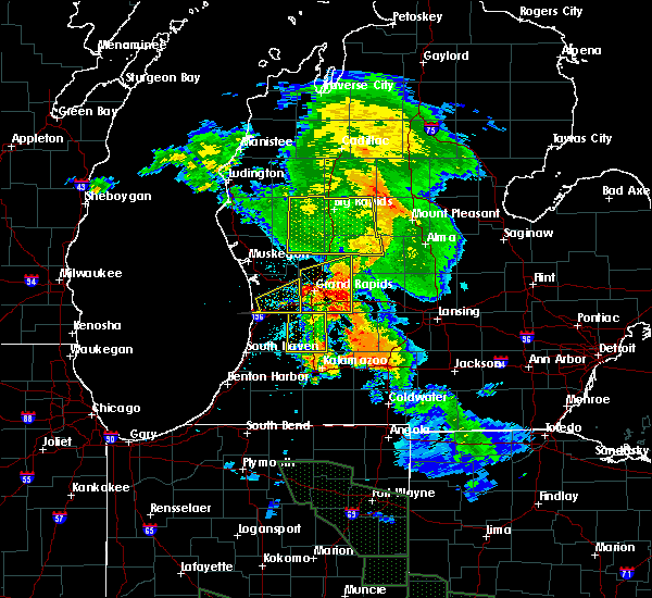 Radar Image for Severe Thunderstorms near Canadian Lakes, MI at 7/14/2015 1:12 AM EDT