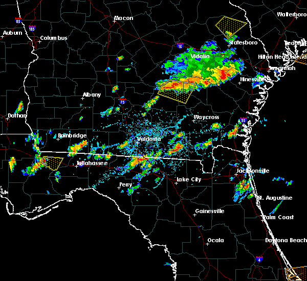 Radar Image for Severe Thunderstorms near Baxley, GA at 7/14/2015 3:51 PM EDT