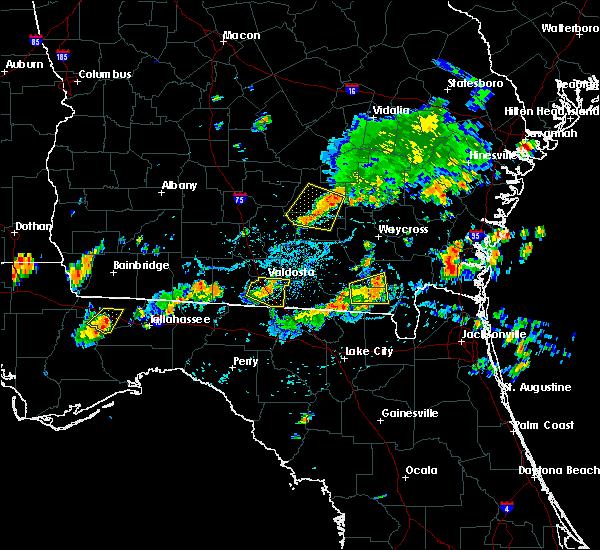 Radar Image for Severe Thunderstorms near Valdosta, GA at 7/14/2015 4:23 PM EDT