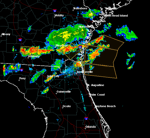 Radar Image for Severe Thunderstorms near Kingsland, GA at 7/14/2015 5:34 PM EDT