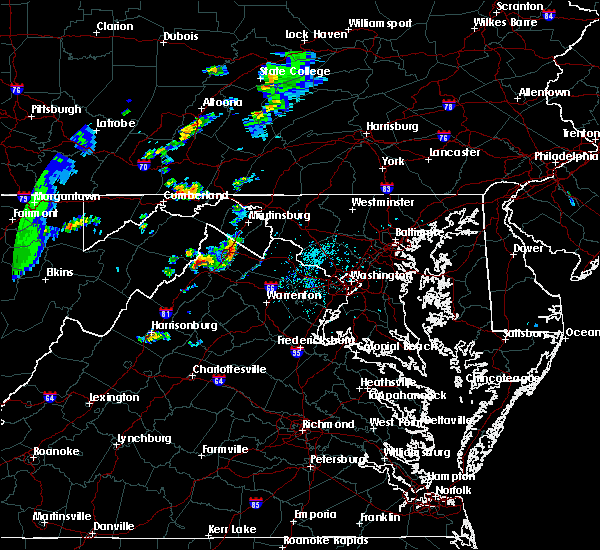 Radar Image for Severe Thunderstorms near Shawneeland, VA at 7/14/2015 6:01 PM EDT