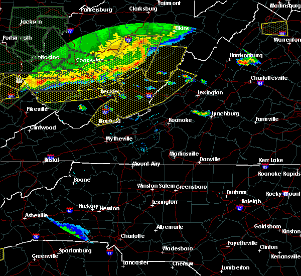 Radar Image for Severe Thunderstorms near Warm Springs, VA at 7/14/2015 6:43 PM EDT