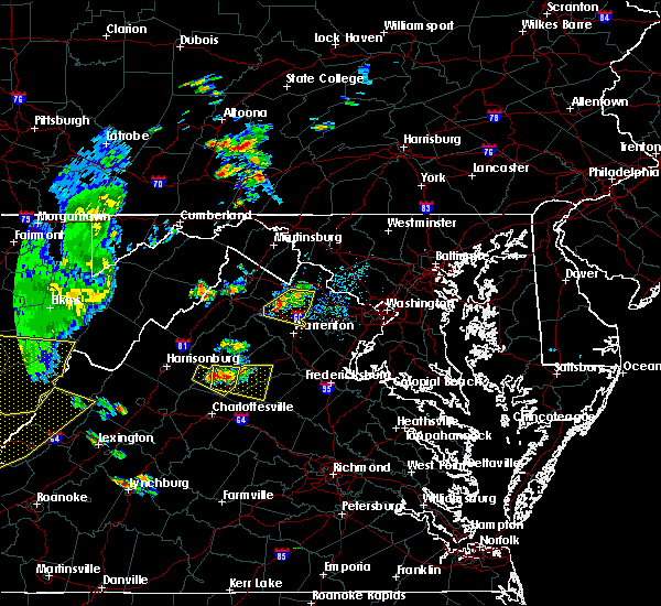 Radar Image for Severe Thunderstorms near The Plains, VA at 7/14/2015 7:18 PM EDT