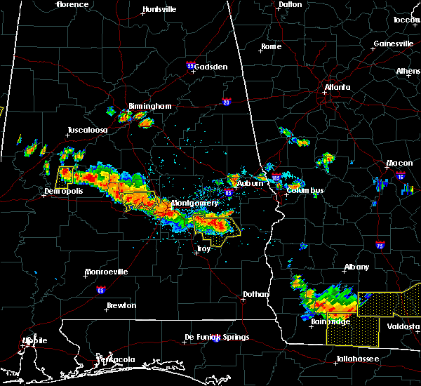 Radar Image for Severe Thunderstorms near Midway, AL at 7/15/2015 6:04 PM CDT